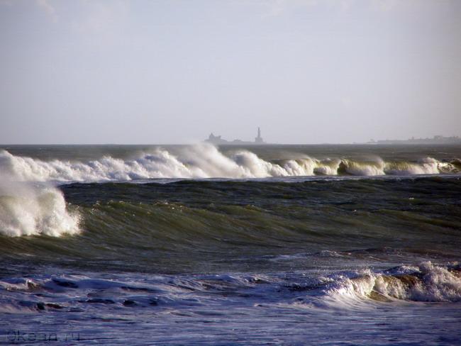 Мыс и острова Каньякумари через залив...